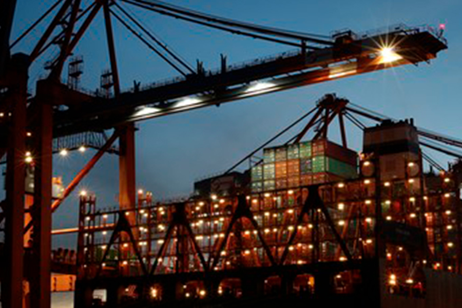 Closure of southern Chinese port of Yantian exacerbates global logistical problems