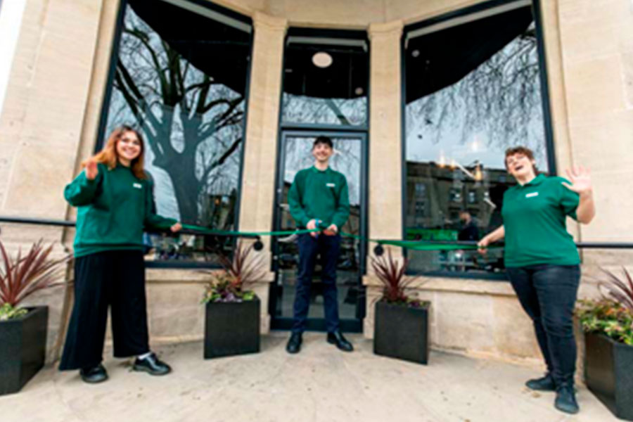 Dobbies expands with small format stores