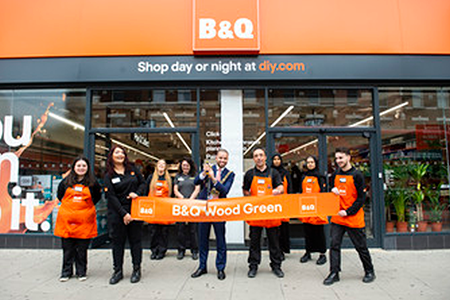 Kingfisher and Adeo open urban small format stores